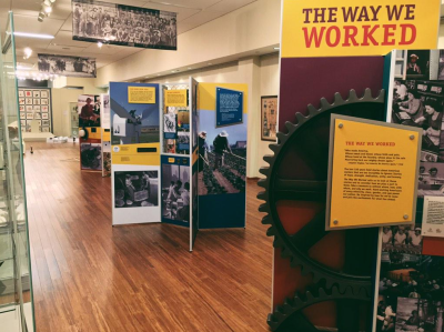 event worked smithsonian institution traveling exhibition